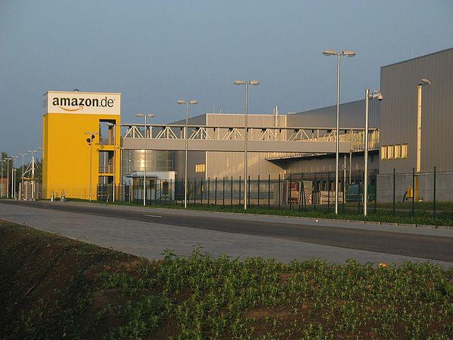 640px-Amazon.de_Versandhaus_Leipzig