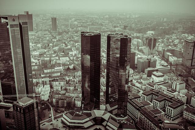 Deutsche Bank Towers_flickr_Sine Pi_CC2.0