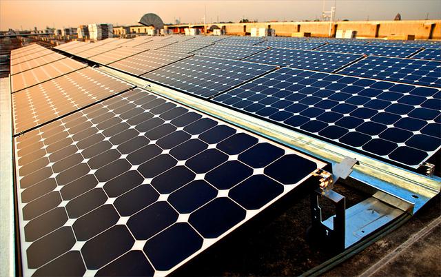 solarkraftwerk_flickr_Intel free Press_CC2.0
